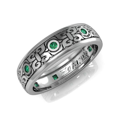 Gold wedding ring with Diamond and Emerald