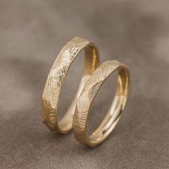 Scratched gold wedding band set - 5