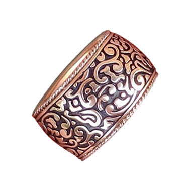 Wide women's gold ring