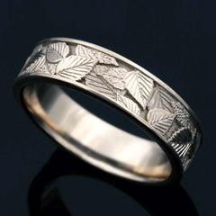 Leaf scratched gold ring for women - 2