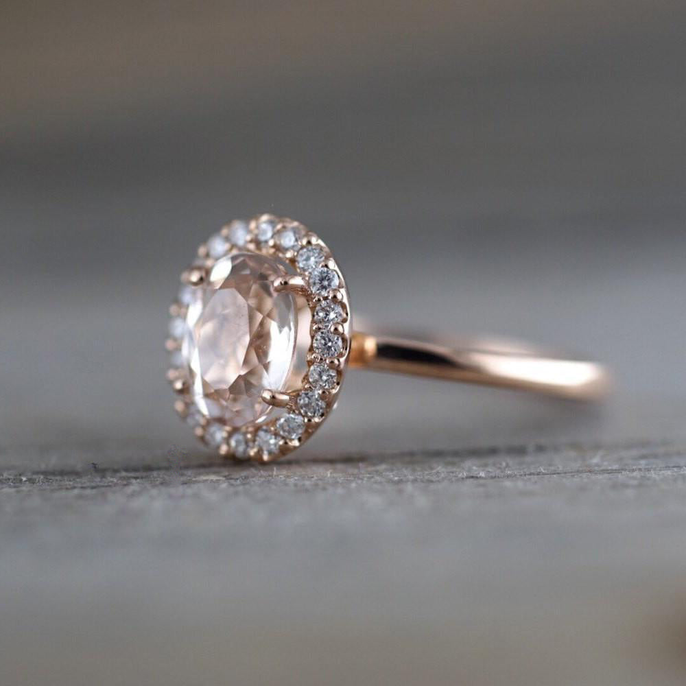 Oval morganite and diamond ring - 4