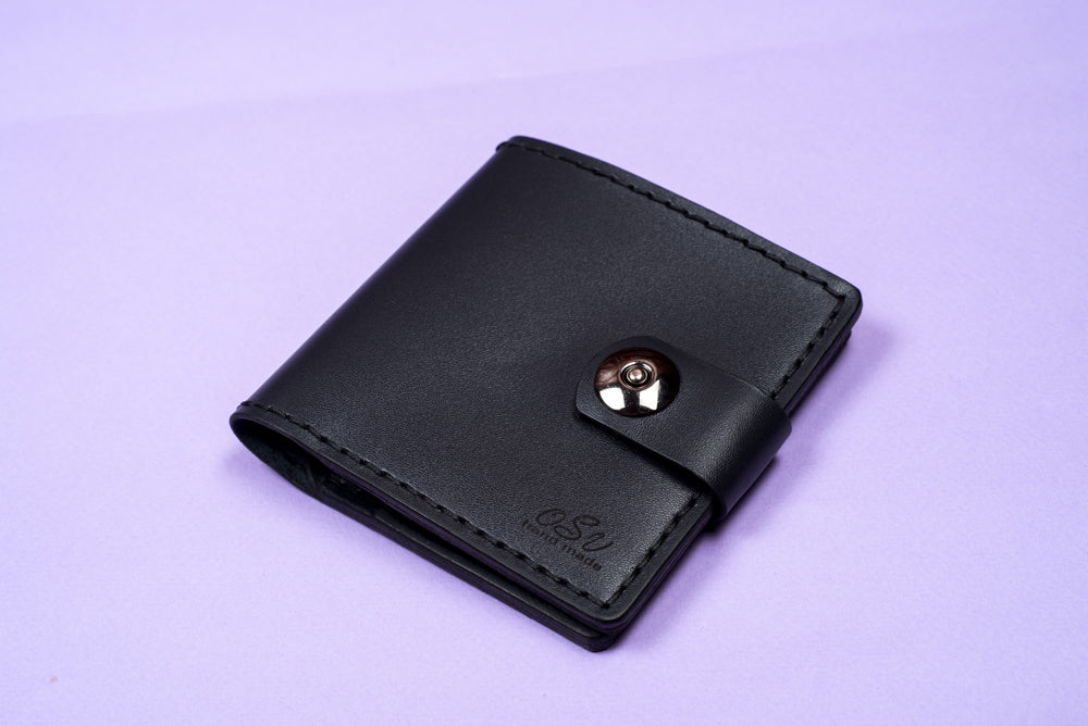 Hand stitched leather wallet - 2