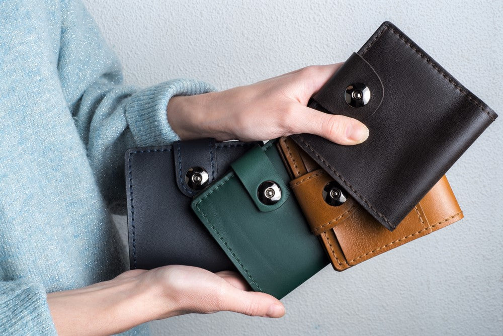 Green leather wallet - 4