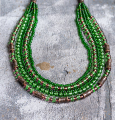 Green glass beaded necklace - 1
