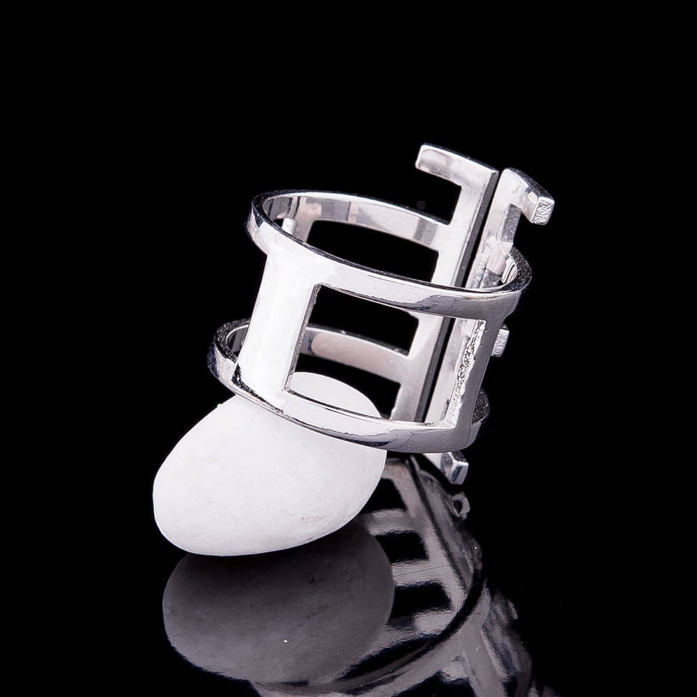 Modern statement ring - 2