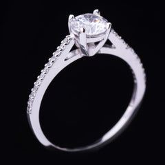 White cubic zirconia centerpiece ring - 3