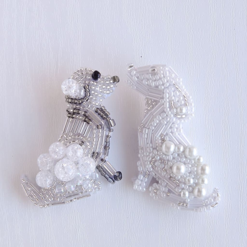 Beaded Brooch Devoted Dog - Vasylchenko1
