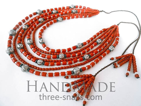 red beaded nacklaces