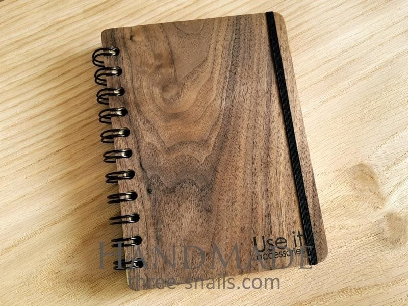 Classic wooden notebook - 1