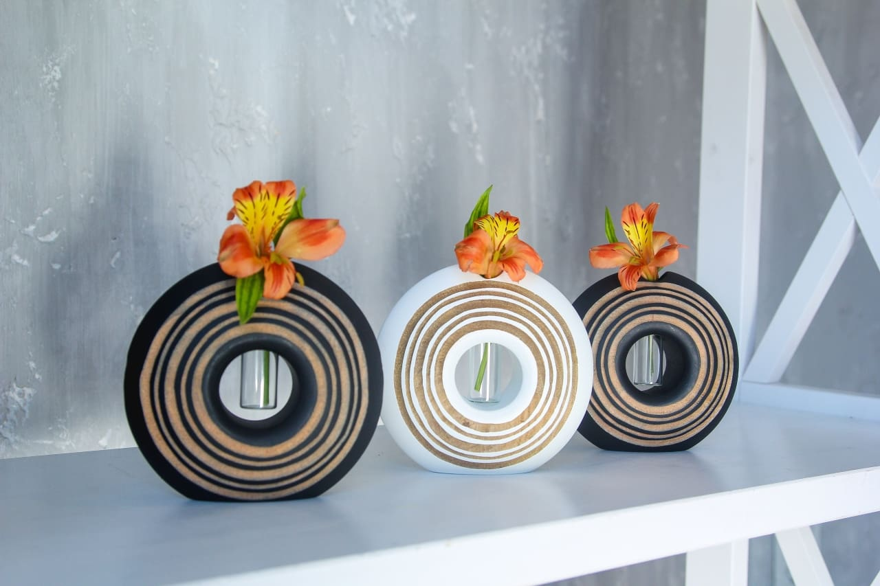 Decorative Circle Vase - Vase