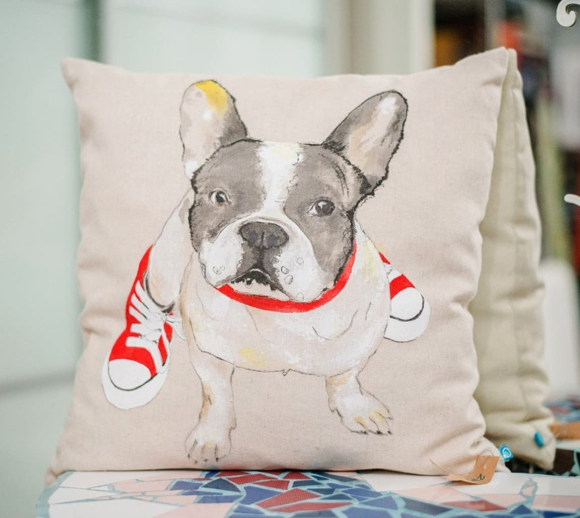 Designer Pillow «Bulldog In The Gumshoes» - Pillow
