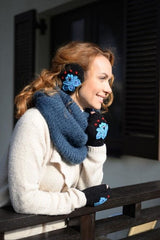 Ear Muffs For Women And Mittens Set Black Swan - Vasylchenko1