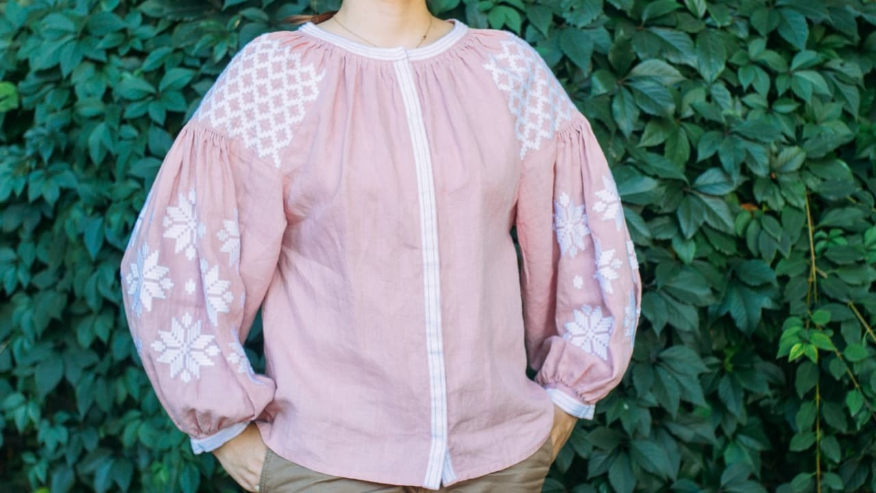 "Embroidered woman blouse ""Pink dream""  - 1"