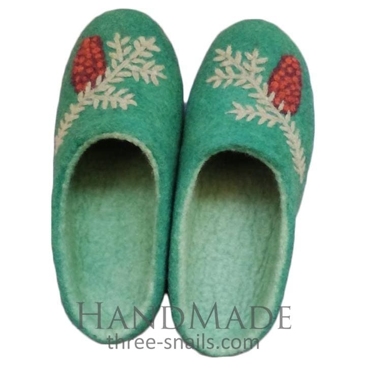 "Felt slippers ""Christmas gift"" - 1"