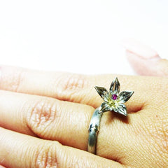 Flower Rings. The Authors Silver Ring «Lily» - Melnichenko1