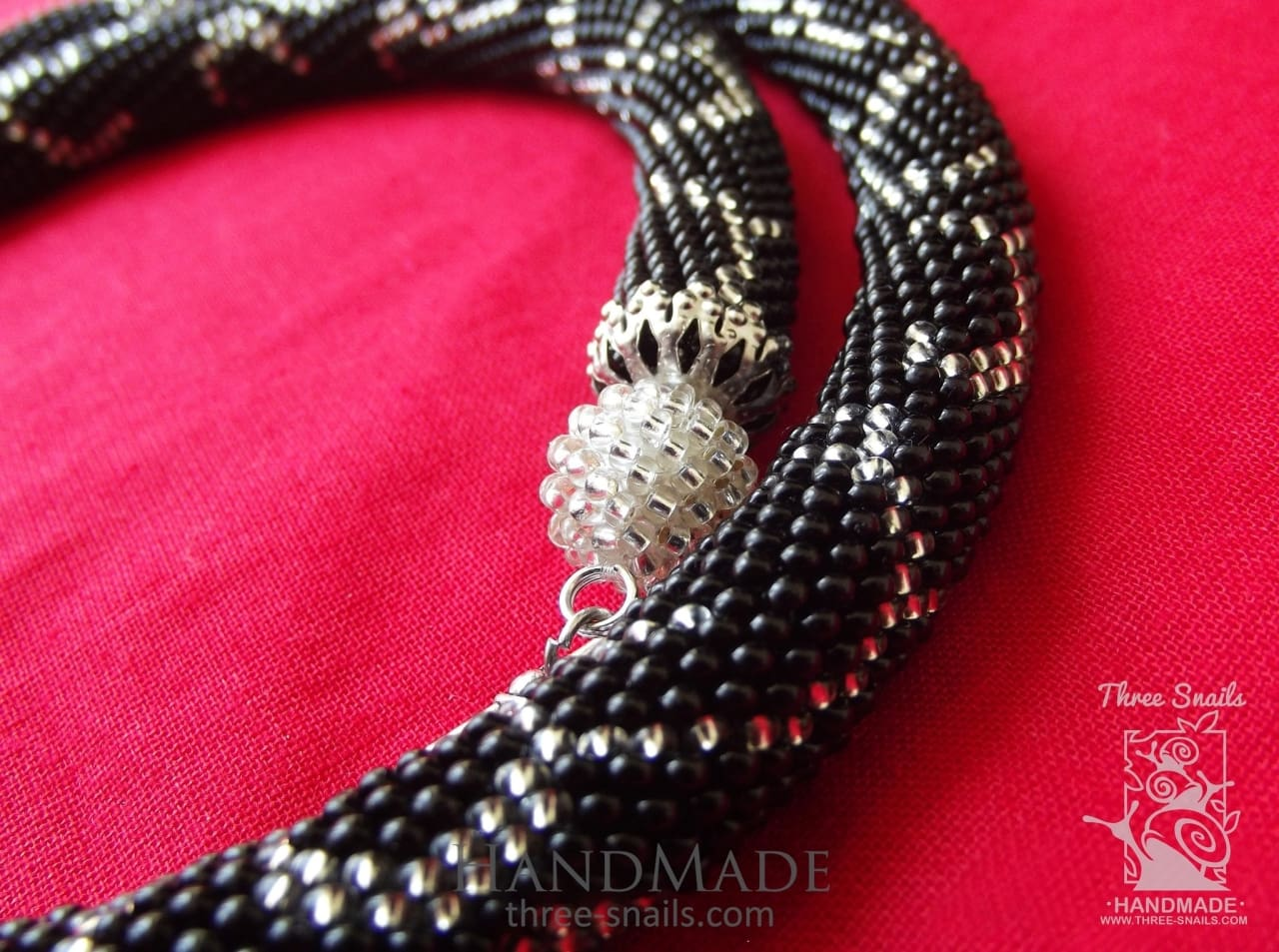 Handmade Beaded Necklace Black Medea - Vasylchenko1