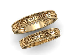 Gold wedding ring with ornament - 2