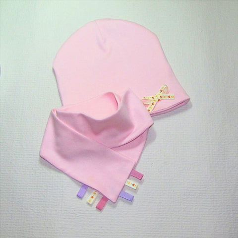 Pink Baby Girl Hat And Bib Cats - Baby Clothes