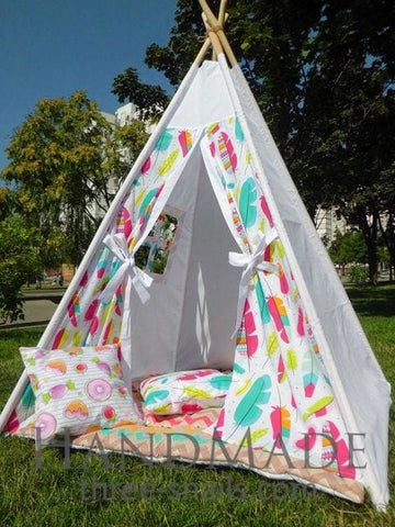 Teepee Tent Feathers - Toy