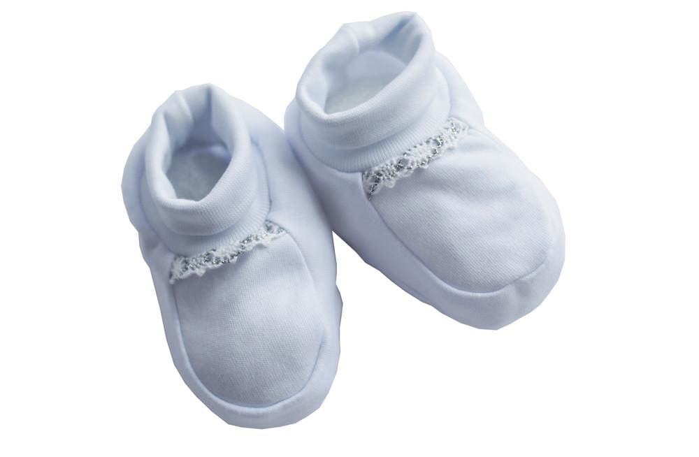 Nice white baby booties. Three Snails handmade shop online  edc05d0ee03a
