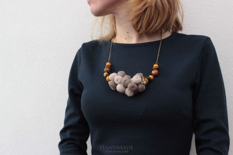 Woolen Necklace Soft Touch - Vasylchenko1