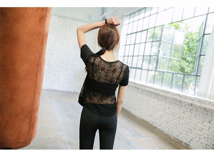Functional Lace Yoga top with natural cotton