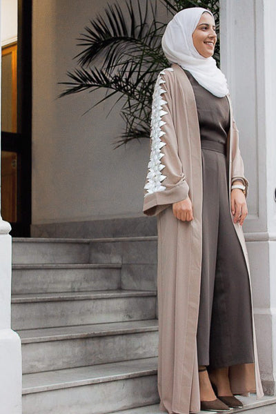 Women Clothing In Islam Beige Abaya with White Lace Sleeves