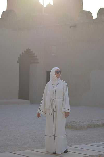 Best Modest Outfits White Abaya
