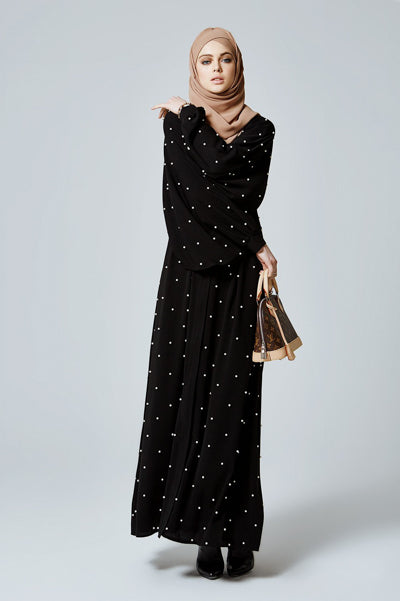 Best Hijabi Outfits Black with White Pearls Abaya