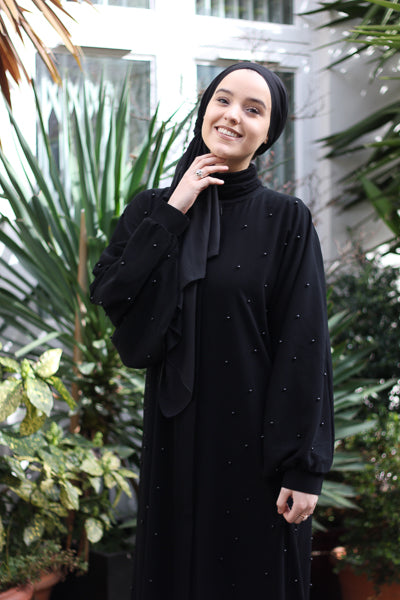 What are the Latest Abaya Designs 2020 Black Abaya with Pearls