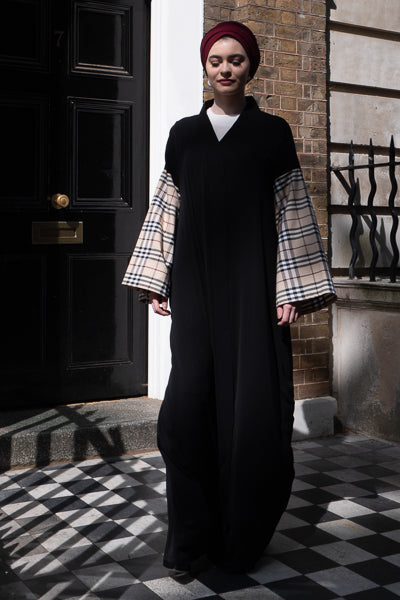 designs of abaya black with beige checkered sleeves