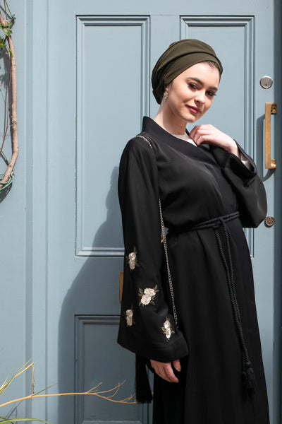 Modest Evening Dresses With Sleeves White Flowers and Belt
