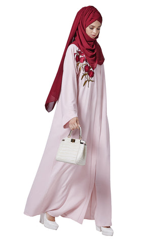 01f01b8b53154 You are pregnant, nothing fits you anymore, not want to invest new clothes.  You can invest in abayas since you can wear them after the pregnancy.