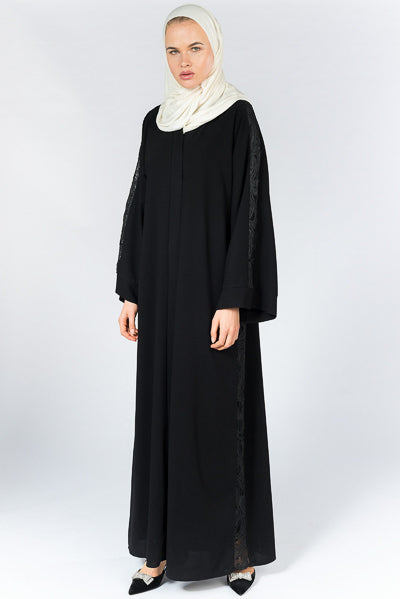 Latest Abaya Designs 2020 Black Abaya with Lace Sleeves