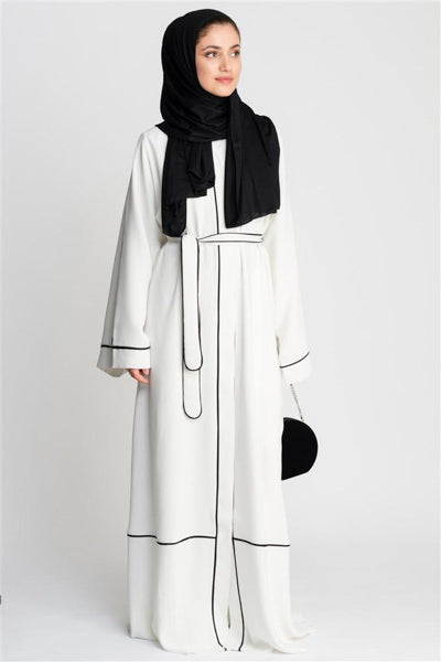 Modest Evening Dresses With Sleeves White Black Trimming