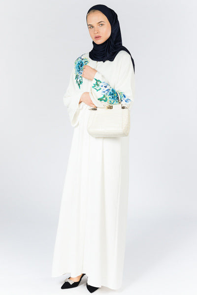 How To Dress Modestly For Summer White Abaya with Blue Flowers