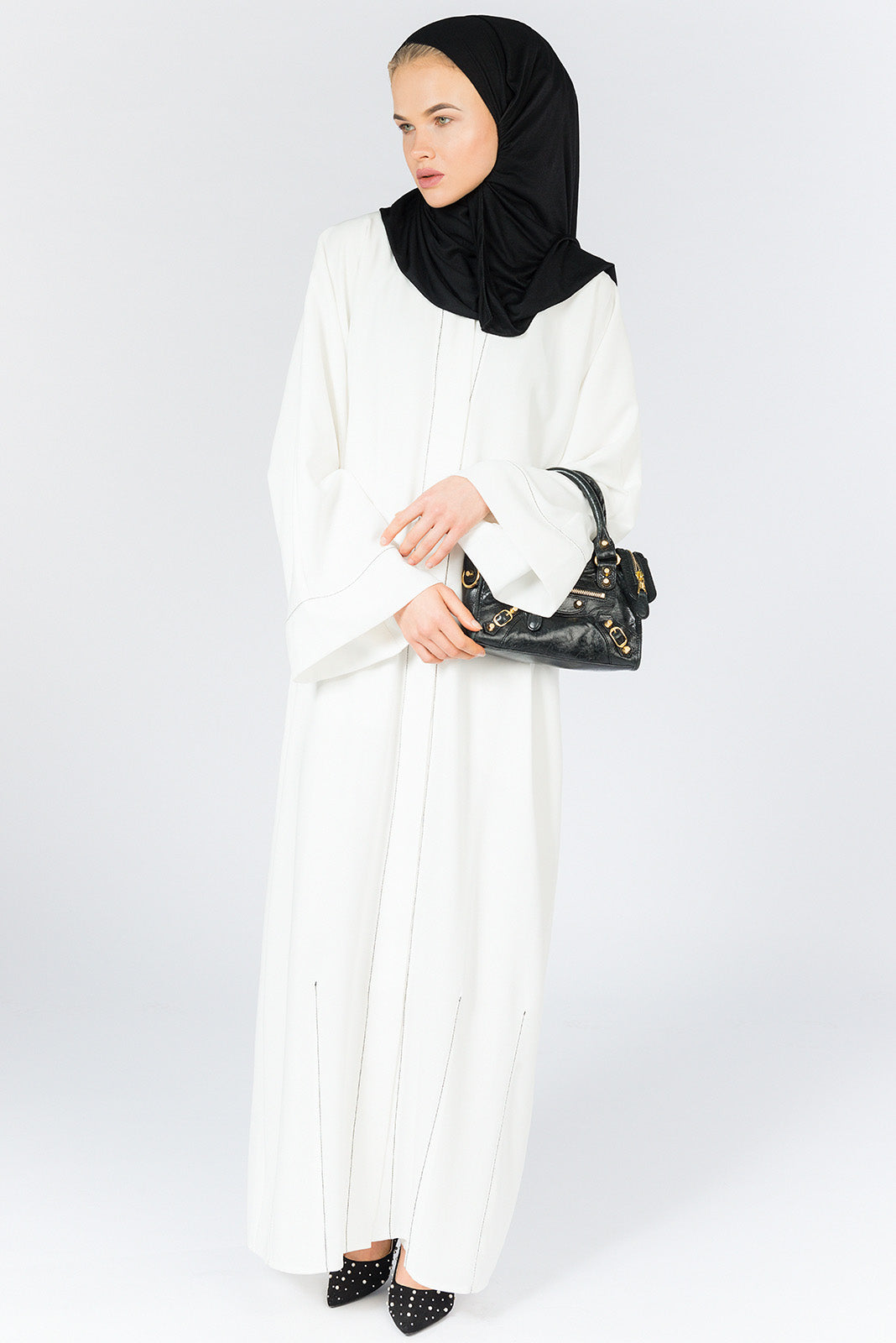 Closed White Abaya with Black Stitches in Crepe