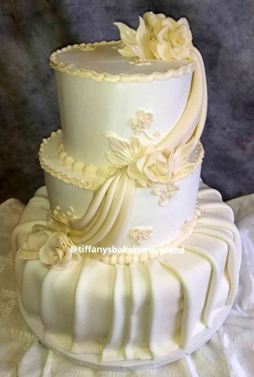 Fondant Wedding Cakes – Tiffany\'s Bakery