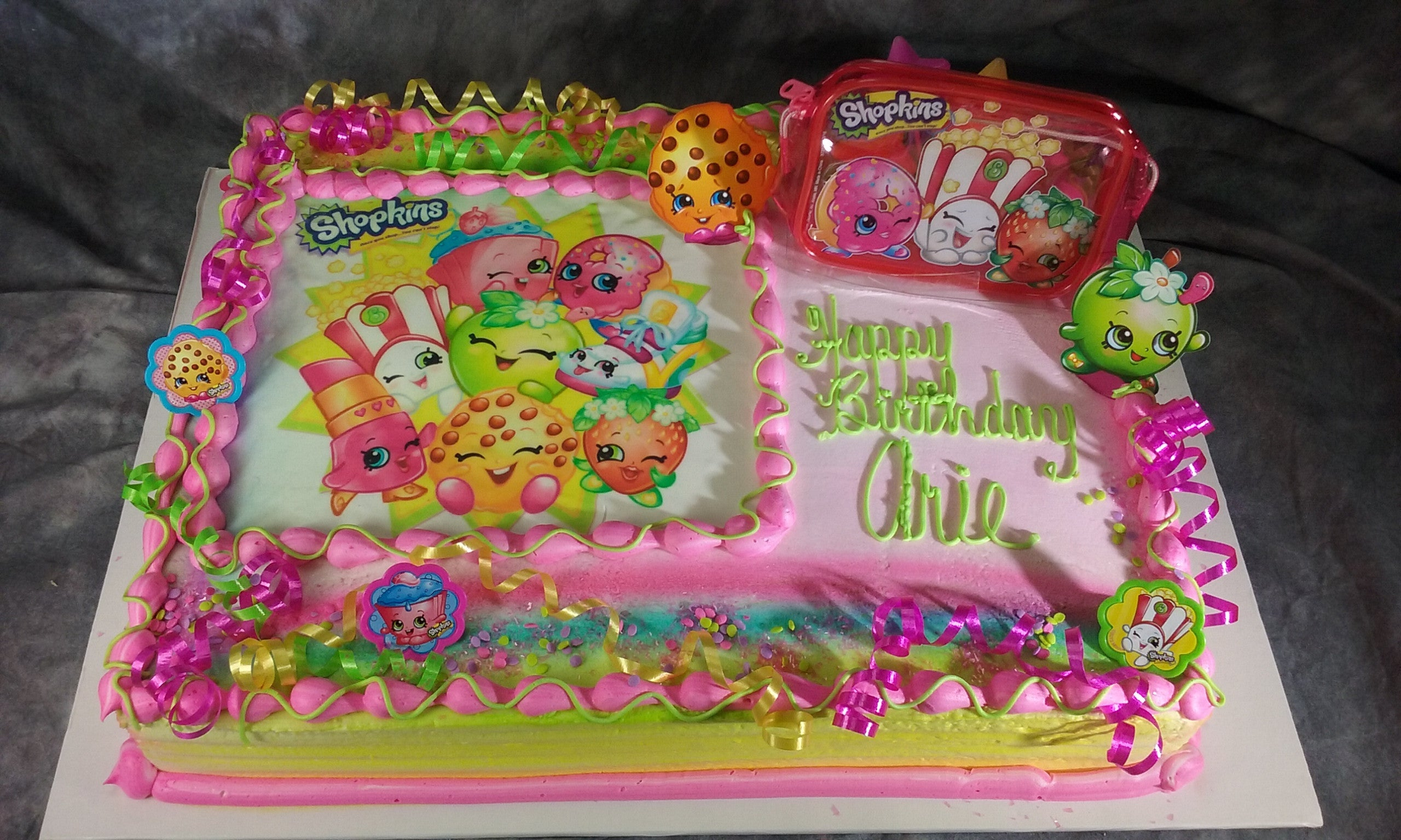 Childrens Cakes Tagged Licensed CharactersShopkins Tiffanys