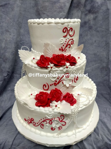 Roses and Vines Classic Gold Wedding Cake