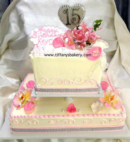 "Half Sheet Cake with 8"" Square Separated - Quinceanera"