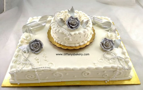 Half Sheet with 6 Inch Round Single Layer Cake