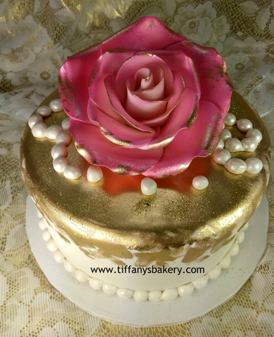 Big Rose with Gold Accents on Round Cake
