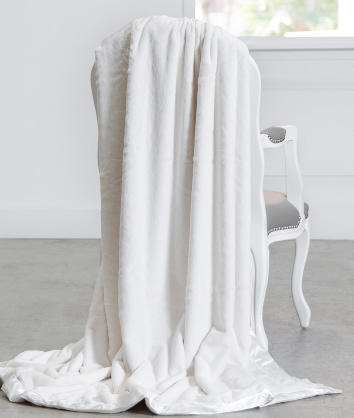 Luxe Creme Throw
