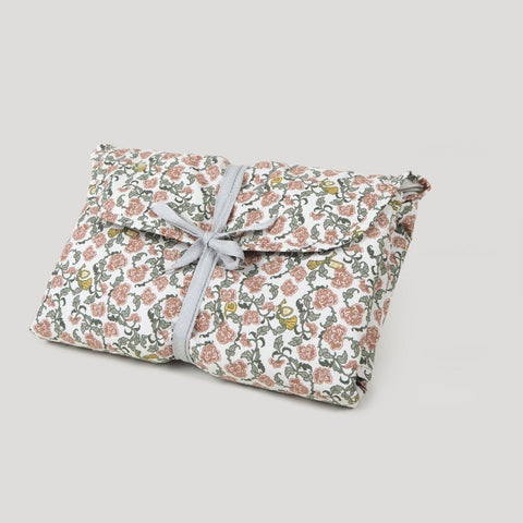 Cloth Changing Pad To Go Case- Floral Vines