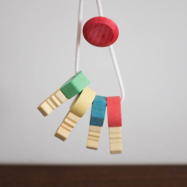 Bio Organic Wooden Key Chain Grasping Toy