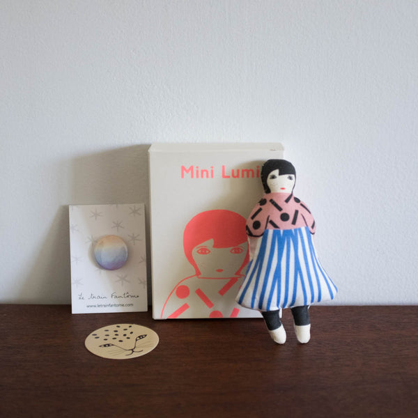 Le Train Fantome Mini Lumi Doll Kit- Light Pink Graphic