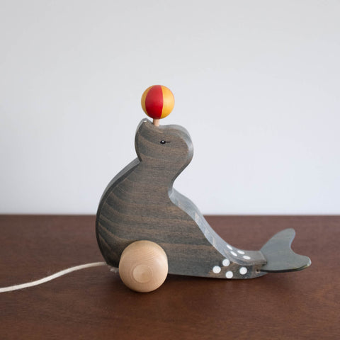Ostheimer Pull Toy Seal with Ball Toy
