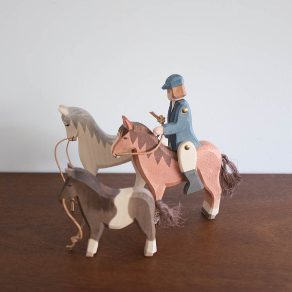 Ostheimer Brown Horse Toy