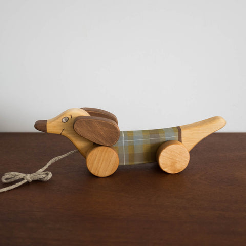 Wooden Puppy Plaid Pull Toy